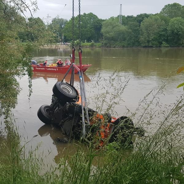 2019-05-27 Rasenmäher in Neckar